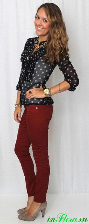 Блузку носят с джинсами шортами