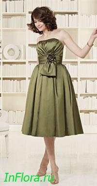Вечернее платье серо-зелёного.