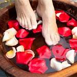 Если шелушится кожа между пальцами ног!