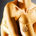 Как носить золотые украшения